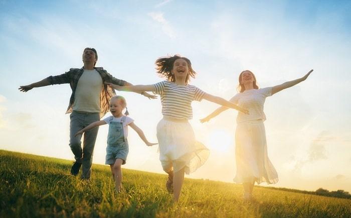 cara menikmati hidup bahagi tanpa menunggu kaya